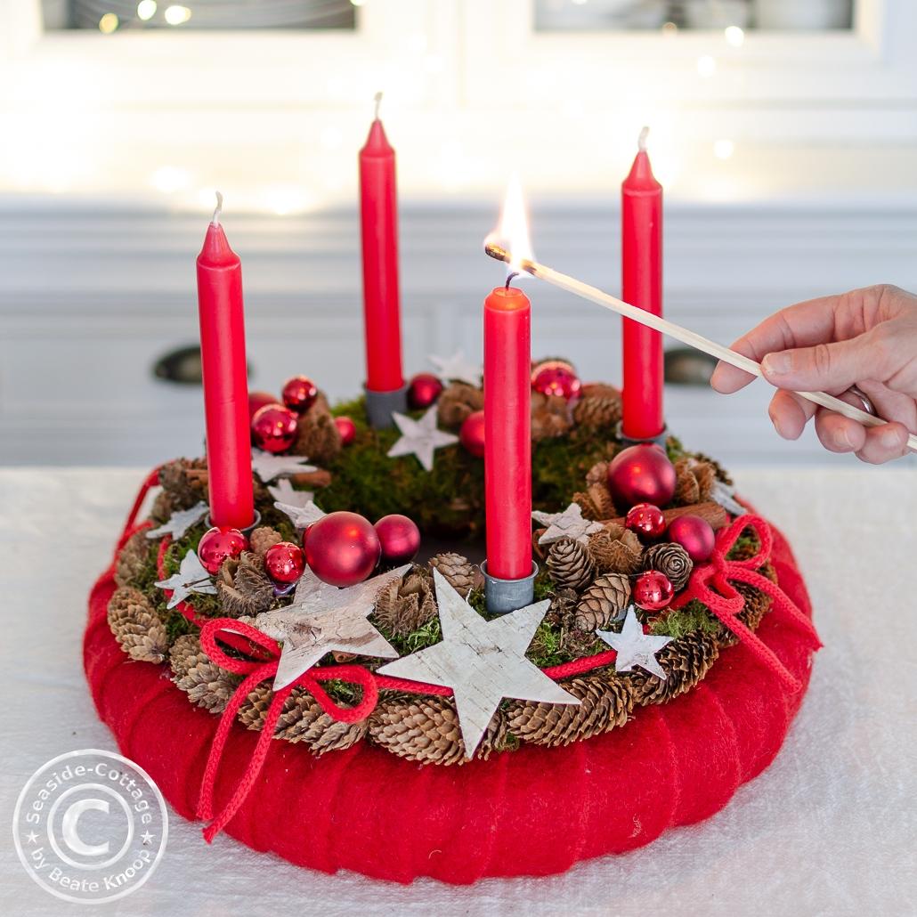 Die erste Kerze brennt, 1. Advent