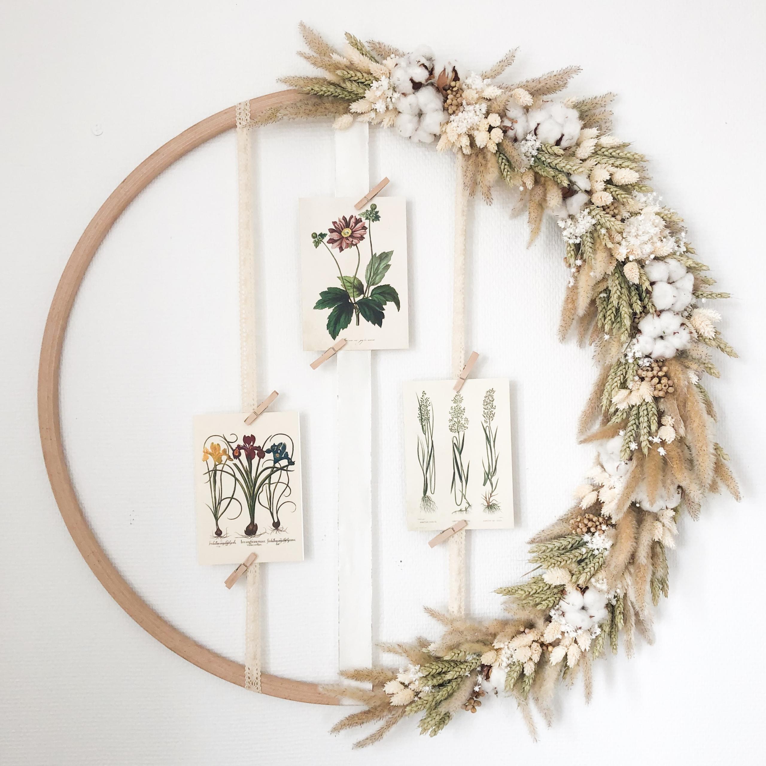 Hulahoop Kranz mit Trockenblumen und Gräsern im Boho Style