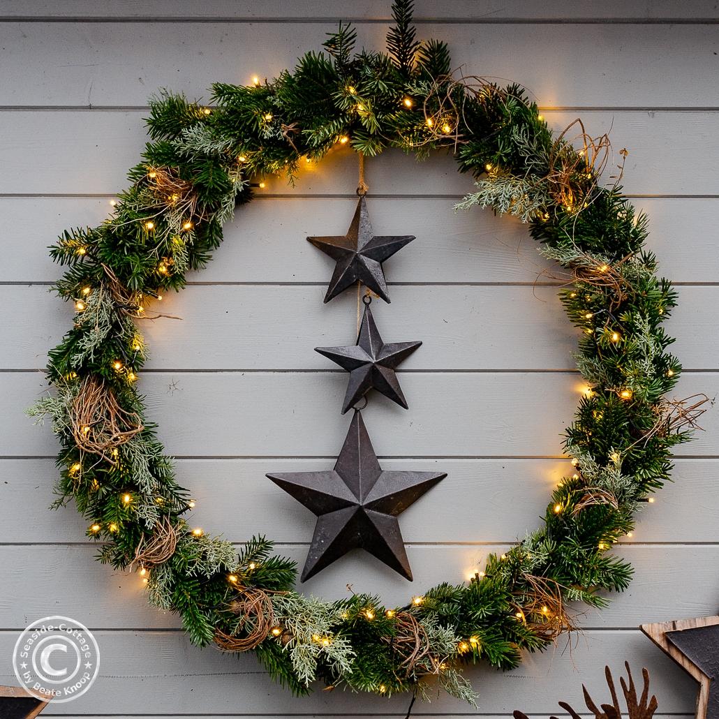 Hulahoop Weihnachtskranz mit Tanne, beleuchtet