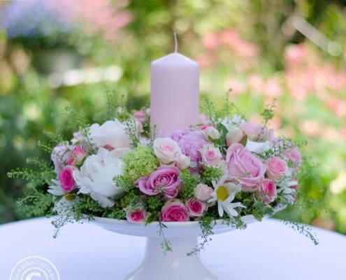 Gesteckter Blumenkranz zum Muttertag