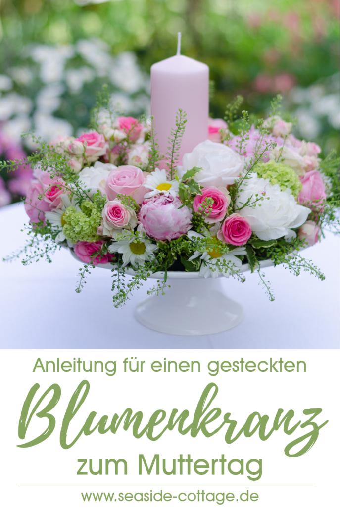 Pinterest Pin Anleitung gesteckter Blumenkranz zum Muttertag