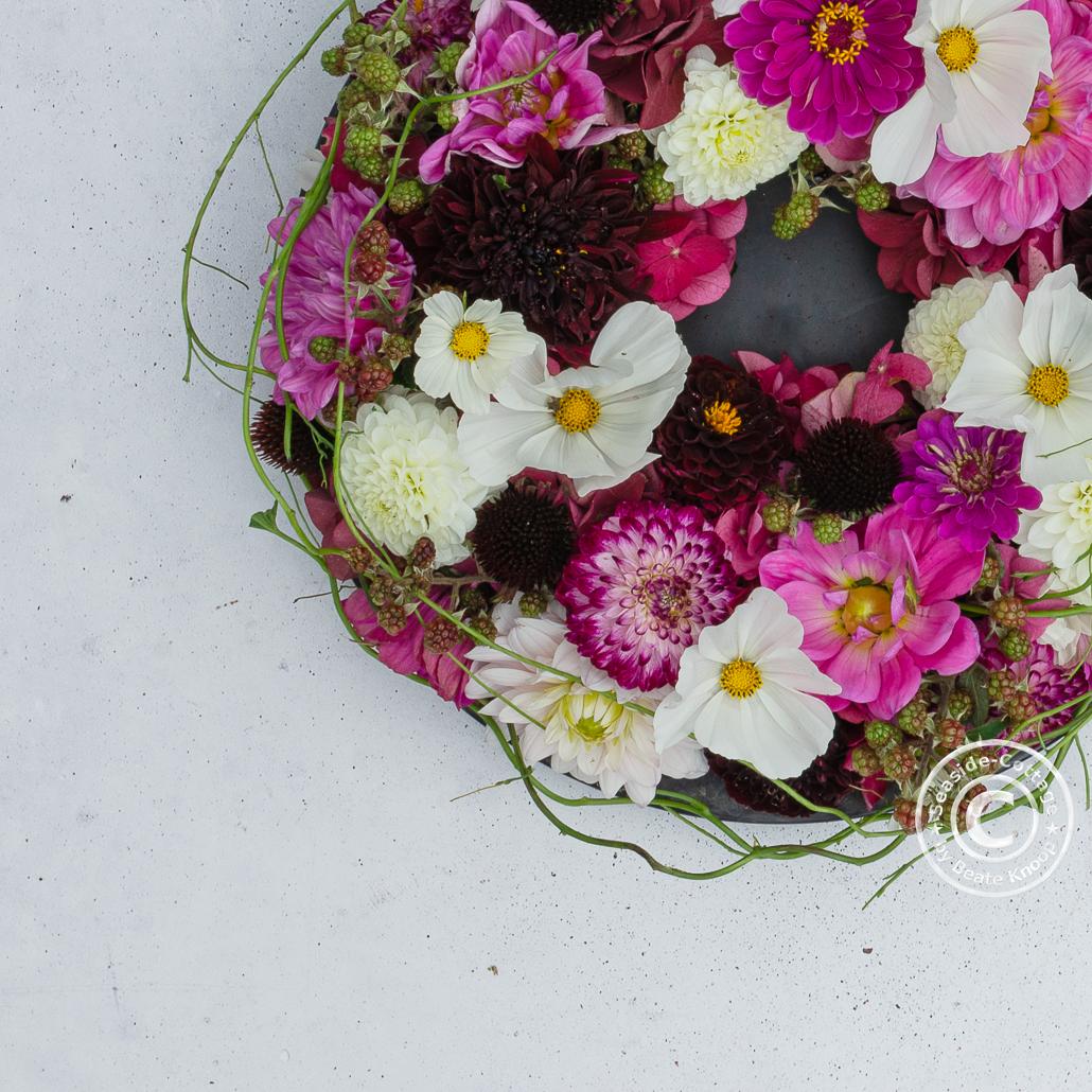 anleitung gesteckter Blumenkranz